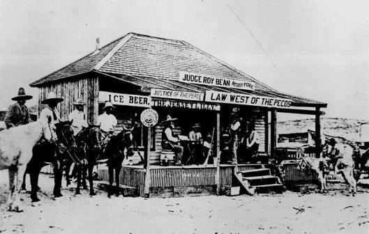 Judge Roy Bean holds court at the Jersey Lilly Saloon in 1900