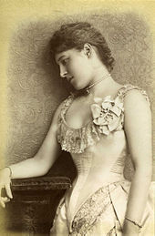 Lillie Langtry 1885 by William Downey