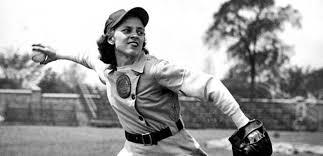 womens baseball3.png